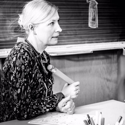 Behind the scenes LÄUSEMUTTER: Antje Widdra als Anke Knapp Foto: Alex Moll